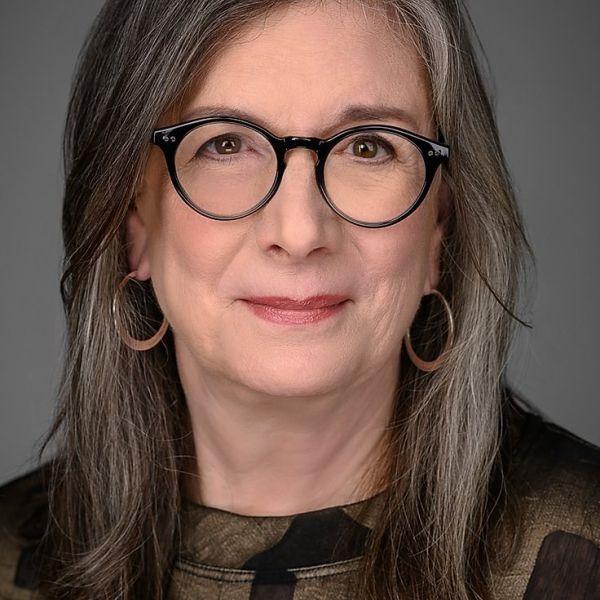 Linda Scott 209