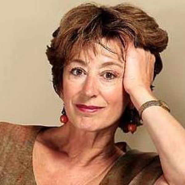 Maureen Lipman bio template